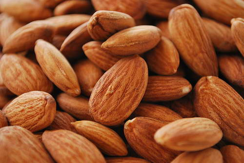 Almonds Effective Diet Foods