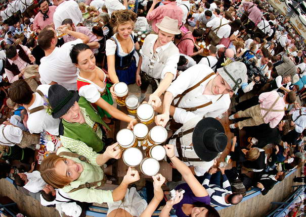 Oktoberfest Entertaining Festivals