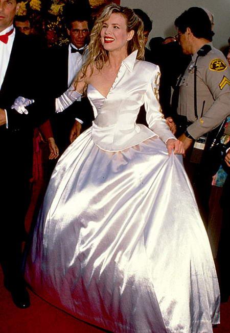 Kim Basinger - 1990