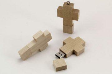 USB Wooden Cross Drive