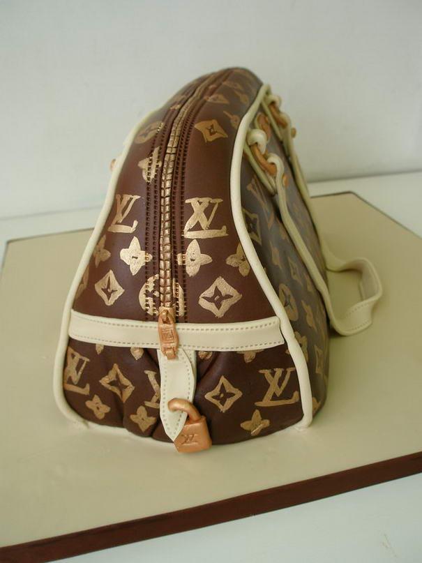 Louis Vuitton Hand bag cake