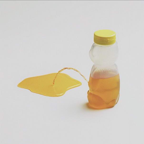 Peeing Honey Bear