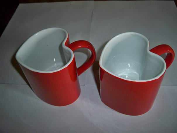 Red Heart Shaped Lovers Special Glazed Ceramic Mugs