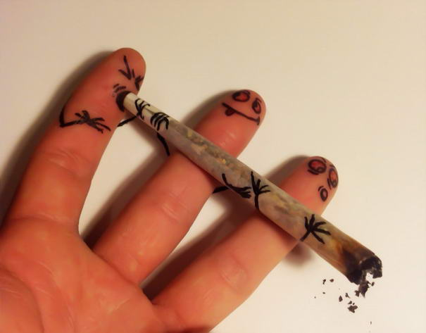 Smoking Fingers by TheChristOff