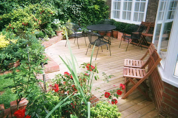 10 Most Practical Ways To Improve Your Garden With Minimum Effort