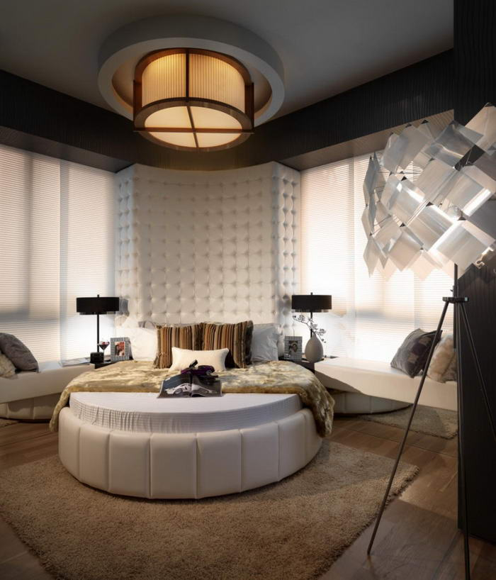 Focal Point Modern Bedroom
