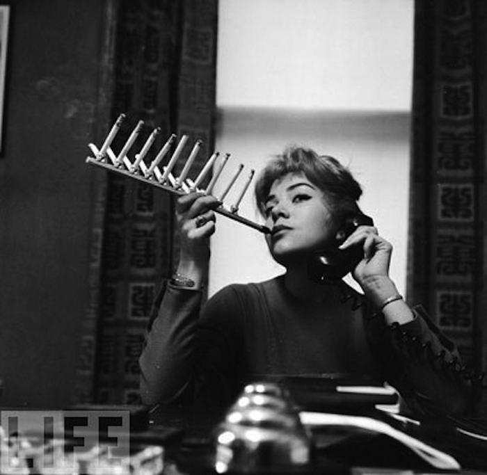 Cigarette Pack Holder