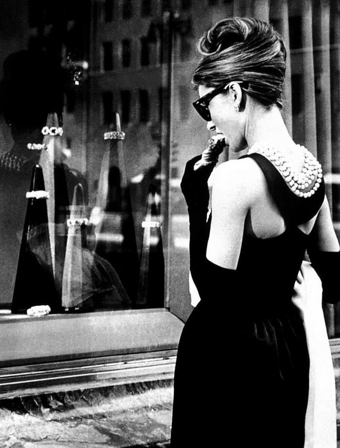 Audrey Hepburn in Tiffany Pearls