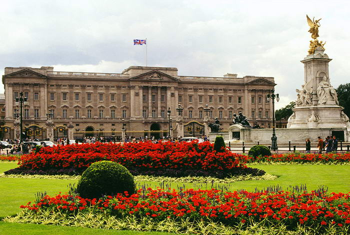 Buckingham Palace  - Before