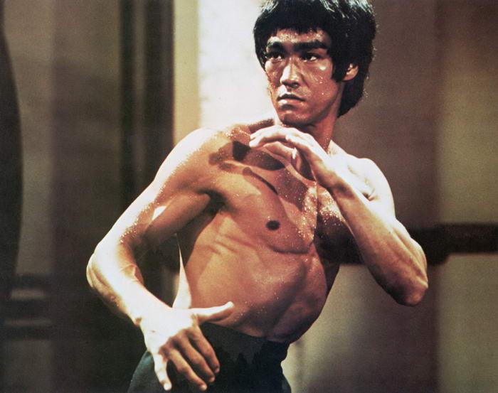 Bruce Lee Pose 2
