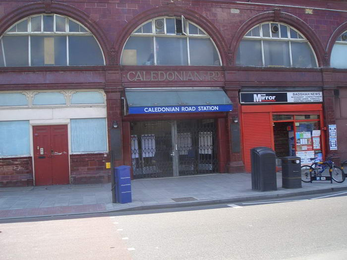Caledonian Road tube station closed