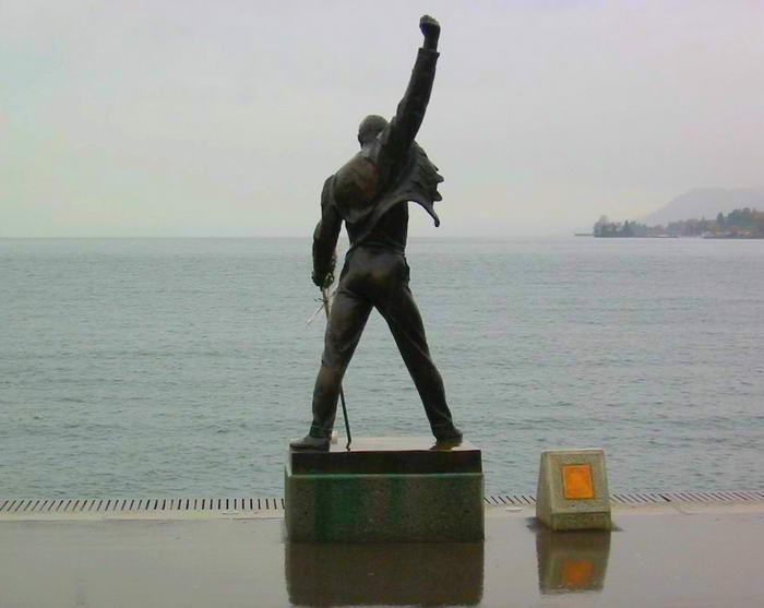 Freddie Bronzestatue