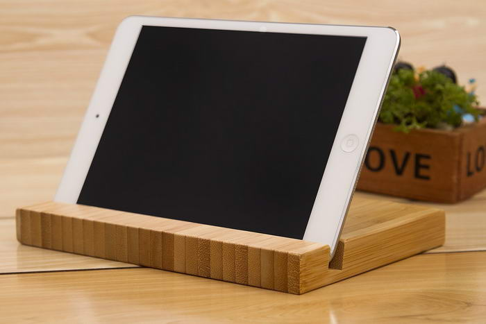 Natural Bamboo Stand Holder