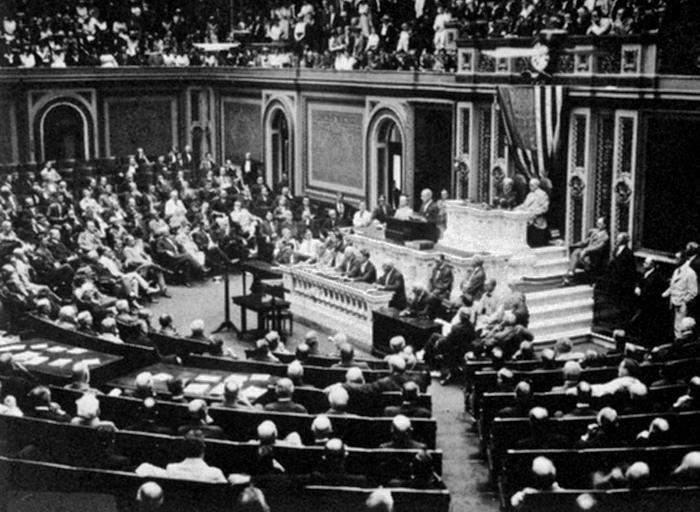 President Wilson before Congress