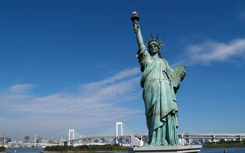 Statue of Liberty - Most Popular Tourist Places