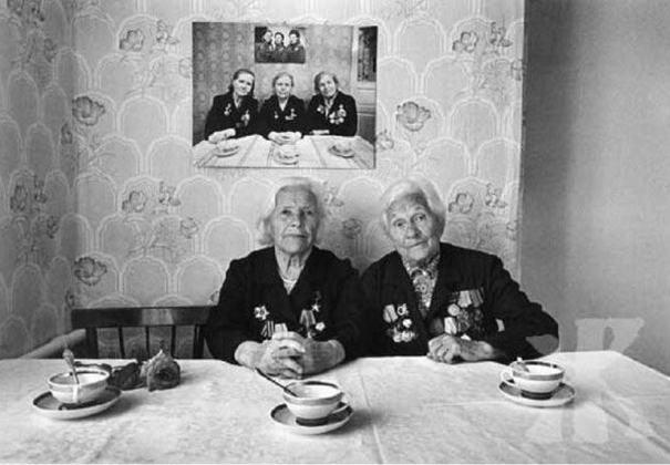 Sisters Posing (2)