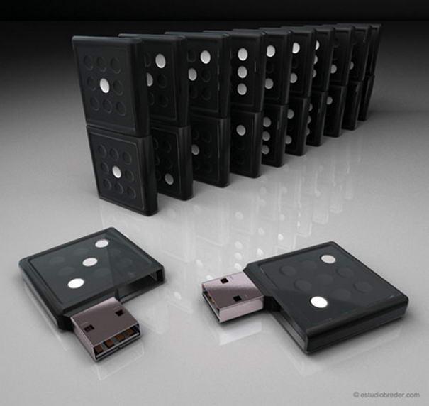 Domino USB Drive