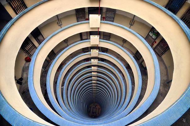 Vertical Horizon By Romain Jacquet-Lagreze (2)