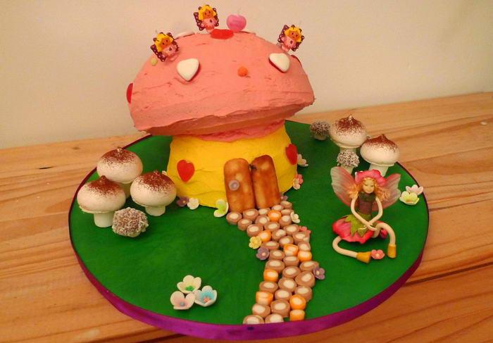 Birthday Cakes Mushroom Cake by foilman