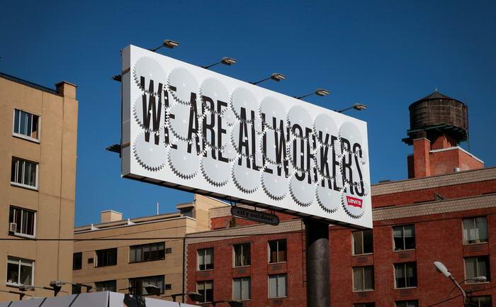 Levis Billboard (2)