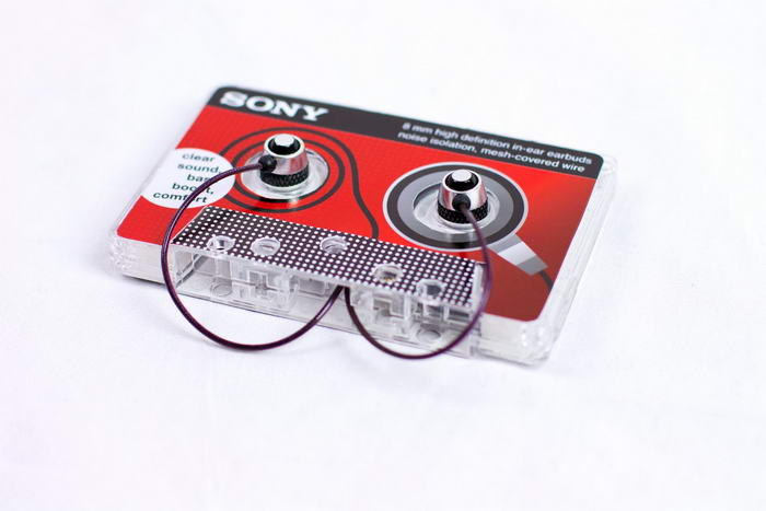 Sony Earbuds Cassette (1)