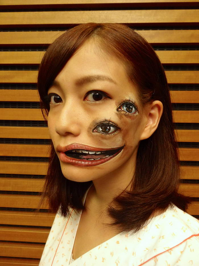 Face painting by Hikaru Cho