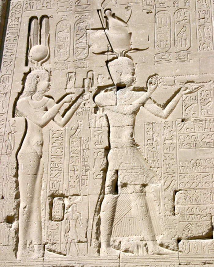 Denderah3 Cleopatra Cesarion