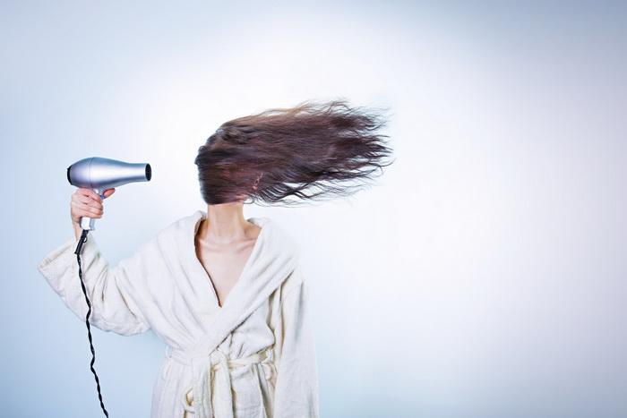 Hair dryer