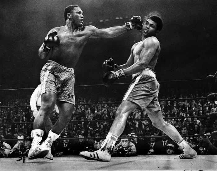 Joe Frazier v Muhammed Ali