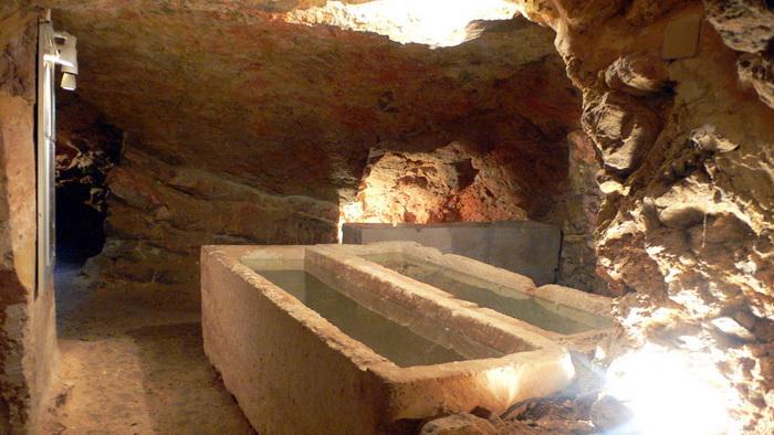 Puig des Molins Necropolis